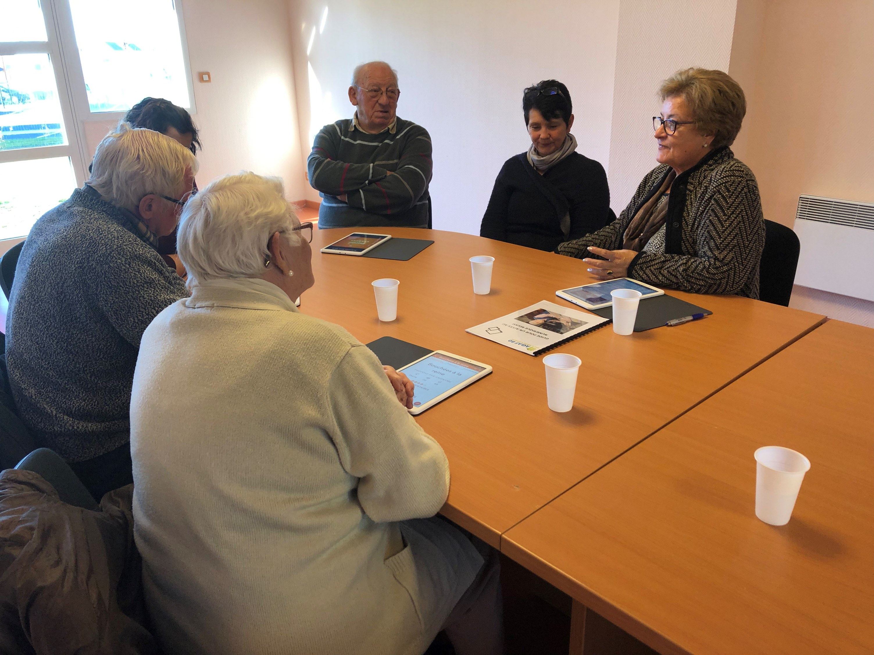 L'accès au numérique des personnes âgées (2018)