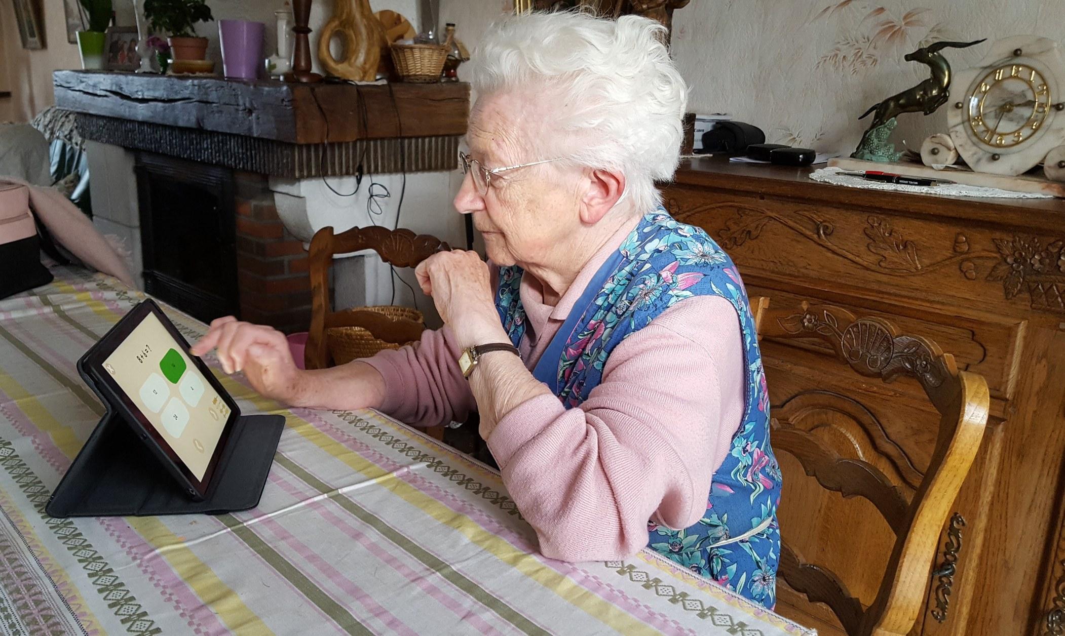 L'accès au numérique des personnes âgées - 2017